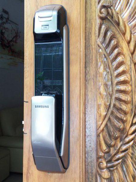 Khóa điện tử cao cấp Samsung SHS-P728
