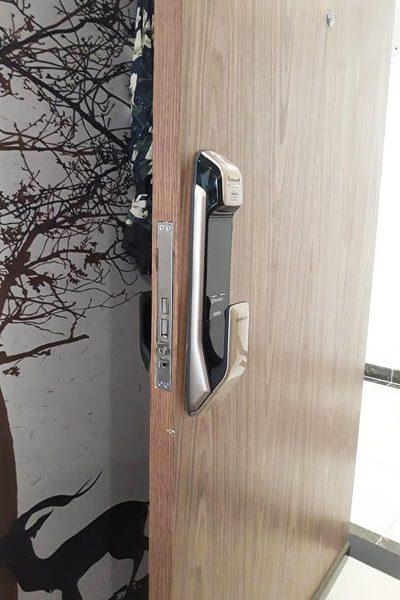 Samsung SHS-P728<dataavatar hidden data-avatar-url=https://secure.gravatar.com/avatar/eda882626b32a9ee66c8427200a693af?s=96&d=mm&r=g></dataavatar>