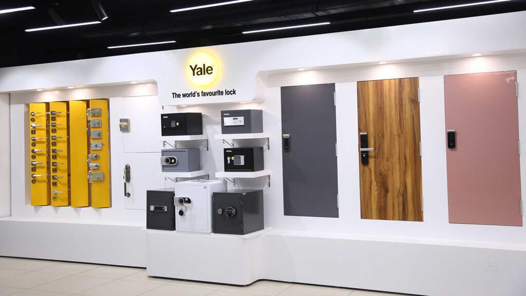 Khóa Cửa Yale – Hãng Khóa 175 năm Luôn Tiên Phong